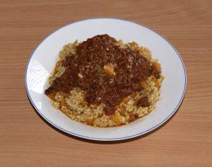 Hirse, Karotten, Balti-Bolognese-Soße